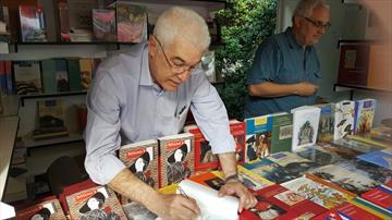 Sótano 3. Firma de ejemplares en la Feria del Libro 2016
